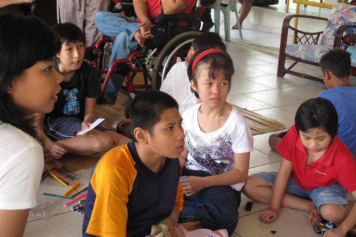 Bukit Harapan children