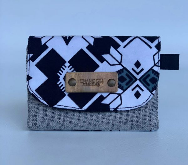 Changgih Black-White Mini Wallet Front